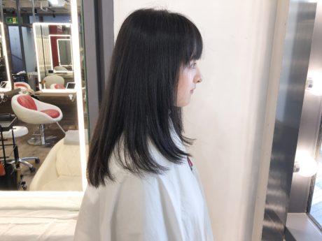 黒髪パーマ